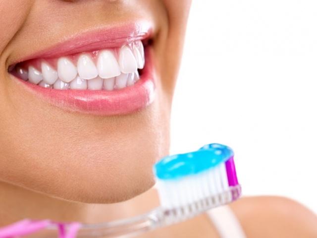 О здоровье зубов, фторе и зубной пасте